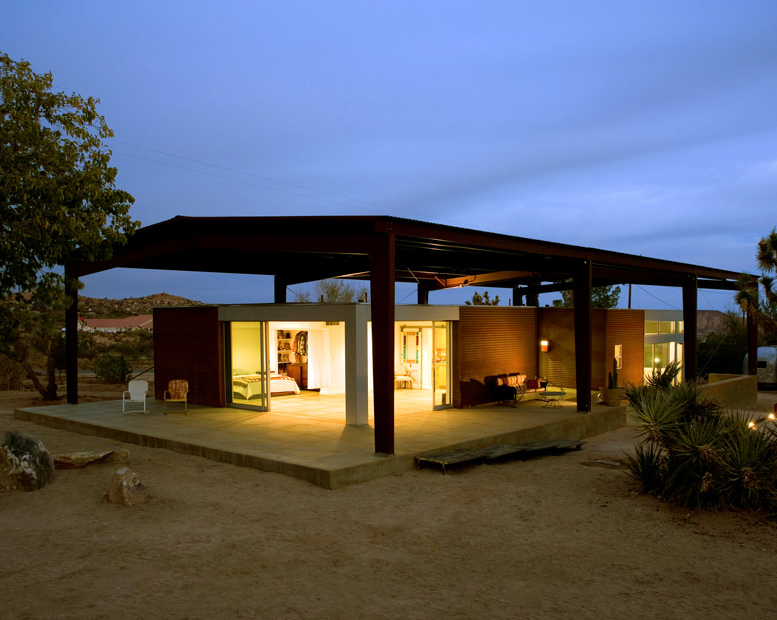 Jetson green the ultimate modern desert house for Green homes designs